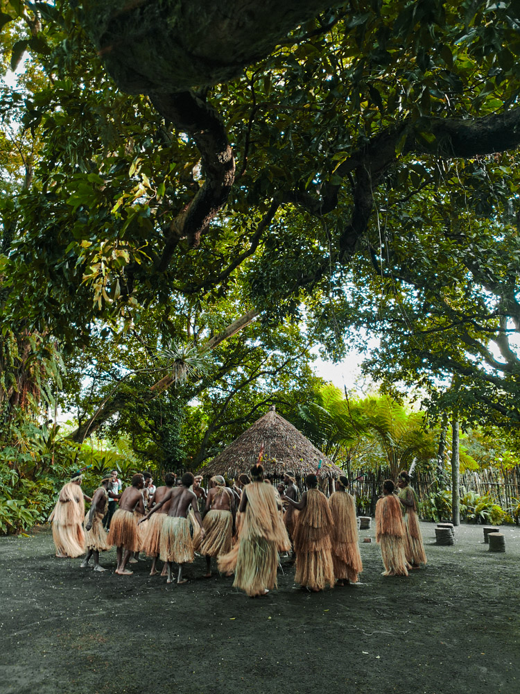 Festivités avant de monter au volcan