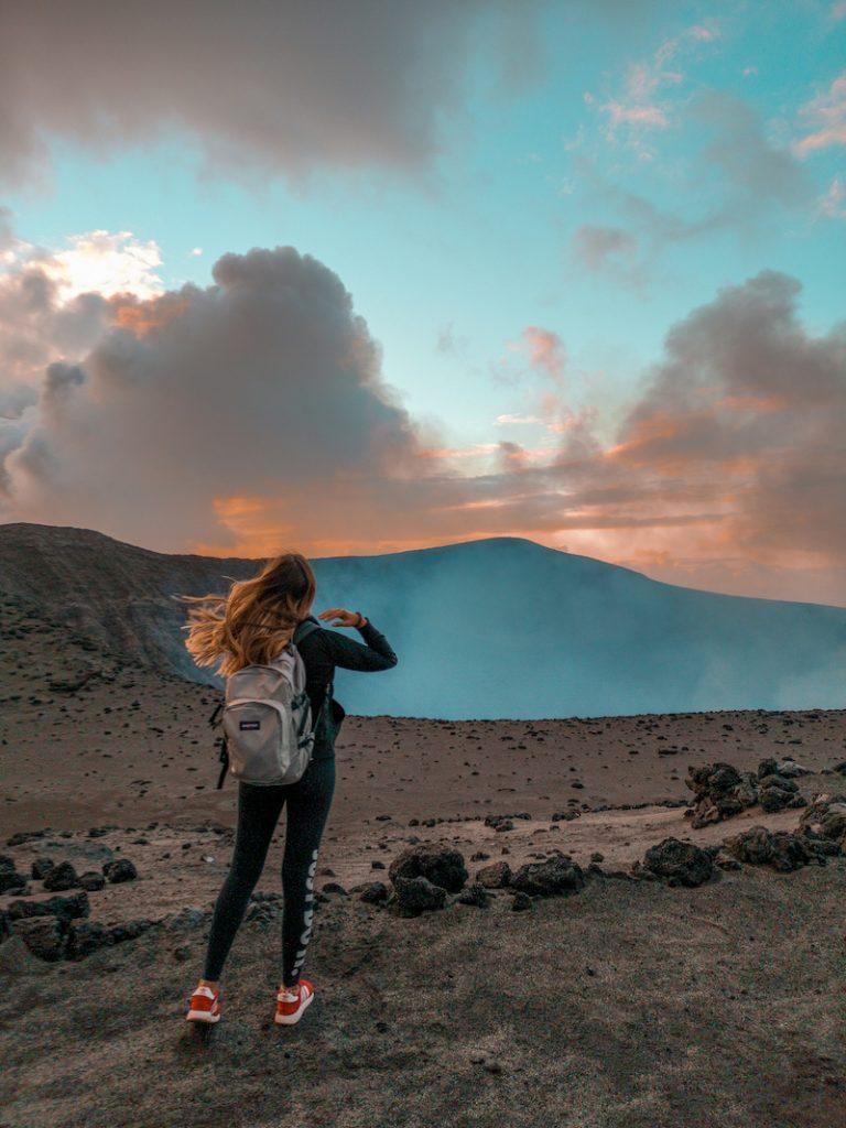 Volcan Yasur sur lîle de Tanna au vanuatu