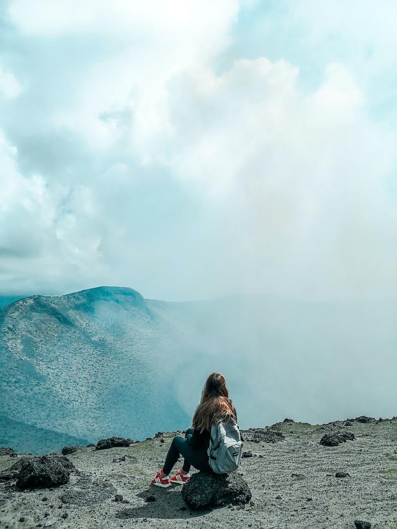 Vue du volcan en pleine journéee