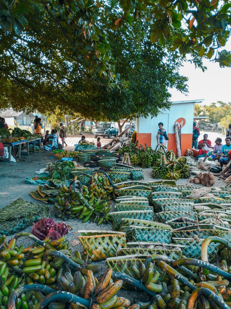 Le marché de Tanna est très coloré